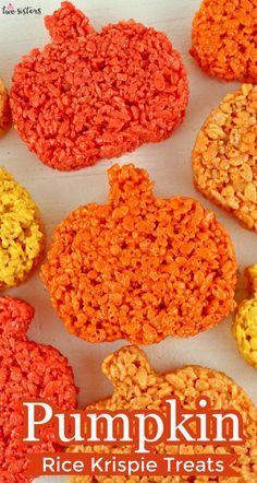 Pumpkin Patch Rice Krispie Treats - delicious, easy to make and your family will love them. If you are looking for a fun Thanksgiving Rice Krispie Treat recipe, look no further. Our classic Rice Krispie Treat recipe all dressed up in beautiful pumpkins in gorgeous colors. Thanksgiving Rice Krispie Treats have never been more unique or yummy. #ThanksgivingRiceKrispieTreats #FallRiceKrispieTreats #AutumnRiceKrispieTreats #Pumpkins #ThanksgivingDesserts Halloween Desserts, Halloween Rice Crispy Treats, Halloween Chocolate, Halloween Food For Party, Halloween Cakes, Halloween Treats, Rice Krispie Cakes, Homemade Rice Krispies Treats, Pumpkin Rice Krispie Treats