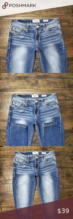 DAYTRIP Virgo Skinny Jeans | 30 WOMENS DAYTRIP VIRGO SKINNY JEANS SIZE 30 INSEAM 30   This item is pre-owned. Cute jeans with distressed, thick stitch pockets with little rhinestones. Please view all photos in listing and request any additional photos/information you would like   All items are 100% authentic Daytrip Jeans Plus Fashion, Fashion Tips, Fashion Design, Fashion Trends, Cute Jeans, Colored Jeans, Day Trips, Virgo, Rhinestones