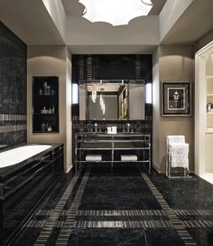 Academy Collection, designed by Massimiliano Raggi for Oasis. #interiordesign #luxury #bathroom
