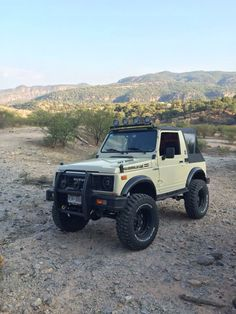 Check this website resource. Discover more about 7 passenger suv. Click the link to get more information. Mini Trucks, 4x4 Trucks, Cool Trucks, Suzuki Sj 410, Samurai, Best Off Road Vehicles, Jimny Suzuki, Jeep 4x4, Modified Cars