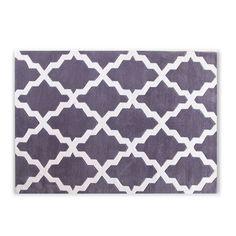 Teppich aus Glasfaser.     Geometrische Dekoration.     Polsterstoff     von einer Dicke von 1,3.     Ein andersartiger und eleganter Touch     für Ihre Böden.     Ideal fürs Wohn- oder     Arbeitszimmer.  Der Teppich TREME bietet eine praktische und stilvolle Lösung, um jeden Raum mit einzigartigem Touch auszustatten. Eine intelligente Zusammenstellung von verkürzten Linien und sachlichen Farben, die ein sehr attraktives Bild entstehen lässt. Er ist aus Glasfaser gefertigt, einem Synthe...