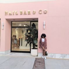 Style by Jamie Lea / Nail Bar / The cuteste nail salon in Shops of Saddle Creek / Nails / Beauty / Fun Beauty Event / Ne Nail Salon Design, Pink Nail Salon, Nail Salon Decor, Beauty Salon Decor, Salon Interior Design, Beauty Salon Interior, Beauty Bar, Salons Decor, Salon Nails