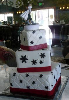 Snowflake Wedding Cake - Fun with Red and Black!