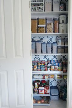 IHeart Organizing: Reader Space: A Domestically Dreamy Kitchen