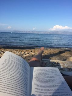 Reading by the ocean?  Yes please... <3  Corfu 2K16