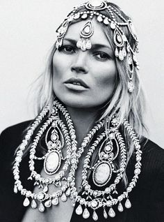 deprincessed:Nostalgia Now: The forever beautiful Kate Moss...