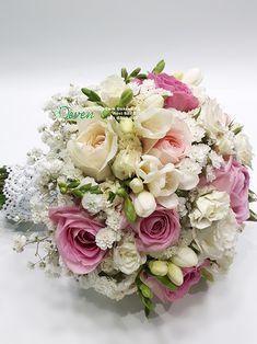 Bidermajer sa ružama, mini ružama i frezijama