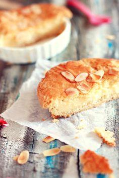 Gàteau basque, per La cuina vermella. Découvrez les spécialités culinaires du pays Basque ici : www.enviedebienmanger.fr/recettes/istara