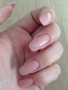 nude oval...so natural looking