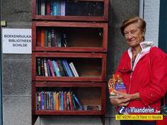 Inhuldiging nagelnieuwe boekenruilkast Schilde - NIEUWS - Vlaanderen