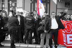 Двери одражале протест против медијске блокаде - http://www.vaseljenska.com/politika/dveri-odrazale-protest-protiv-medijske-blokade/