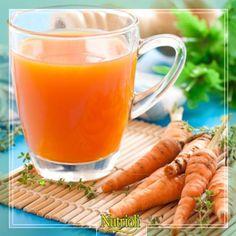 ¿Qué tal un fresco y delicioso jugo antioxidante para comenzar el día de mañana?  Sólo necesitas: 4 palitos de apio, 1 zanahoria, 1 manzana verde, ¼ limón sin cáscara, 1 trocito de jengibre, 1 pepino y 2 puñados de espinacas.  Licúa todos los ingredientes y endúlzalo al gusto.