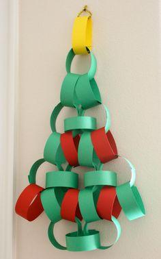 DIY xmas tree but I would make the yellow part look more like a star :) Diy Xmas, Noel Christmas, Christmas Crafts For Kids, Christmas Activities, Christmas Projects, Simple Christmas, Holiday Crafts, Christmas Morning, Advent Activities