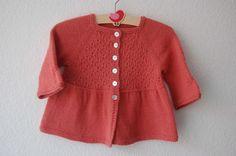 Alouette cardigan dentelle pour bébé et fillette - explications tricot - Tutoriels de tricot chez Makerist