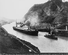 The SS Ancon, the first ship to travel throught the Panama Canal is seen passing through Gaillard Cut (Culebra Cut at the time) on August This is in the same general area of the new Centennial Bridge. Old Pictures, Old Photos, Vintage Photographs, Vintage Photos, Merchant Navy, Merchant Marine, Today In History, Panama Canal, Interesting History