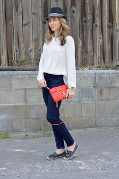 Button-up Shirt | Skinny jeans | Panama Hat | Fall outfit