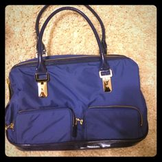 Ann Taylor bag price reduced! New with tags! Beautiful blue Ann Taylor bag. Plenty of storage inside & adorable! Perfect for a casual dress it jeans look. Ann Taylor Bags
