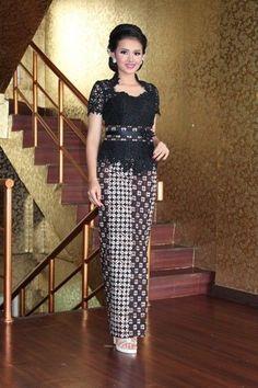 Kebaya Lace, Kebaya Brokat, Batik Kebaya, Kebaya Dress, Batik Dress, Model Kebaya Modern, Kebaya Modern Dress, Batik Fashion, Ethnic Fashion