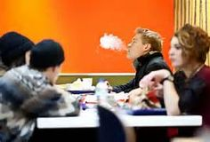 Should E-Cigarettes Be Banned From Restaurants?