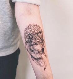 Tatttos by @solovyovatattooer