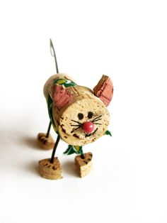 Learn to craft a cat from your corks. | Anthropologie Gets Creative With Corks For Earth Day | POPSUGAR Home