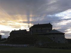 Ilta-auringon viimesäteet - Last rays of the evening sun, Hämeen keskiaikamarkkinat 2014 - Häme Medieval Faire 2014, © Piela Auvinen