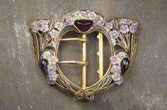 Superbe Liberty Français en or 18 carats, améthyste, diamants et émail Buckle, vers 1900