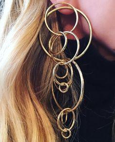 """좋아요 1,032개, 댓글 37개 - Instagram의 JENNIFER FISHER JEWELRY(@jenniferfisherjewelry)님: """"Ear Party New FW16 Multi Ring Earrings #gold #statement #earrings #jenniferfisher…"""""""