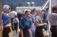 Amish of Ohio. CLICK HERE for more about Ohio's Amish Country at www.OACountry.com! #Amish #Ohio #Tourism