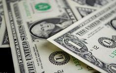 Dólar ilegal se sigue derrumbando y la brecha con el oficial cae al 54%___ la muy mala amiga mia, me entra por correo electronico y me bloquea la cuenta, pollito!!