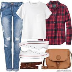 стильные джинсы, белая футболка и кеды - самый удобный look для прогулки.