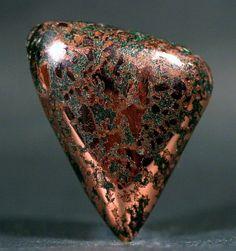 Natvie Spider Web Copper with Malachite.