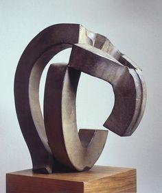Martín Chirino   CABEZA (16) CRÓNICA DEL SIGLO XX  1988      Hierro forjado pavonado      31 x 30 x 20 cm