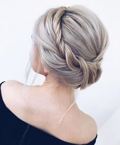 55 Amazing updo hairstyles with the wow factor Unique updo hairstyle , high bun hairstyle ,prom hair Romantic Wedding Hair, Wedding Hair And Makeup, Hair Makeup, Wedding Kimono, Hair Wedding, Wedding Dresses, High Bun Hairstyles, Cool Hairstyles, Hairstyle Ideas