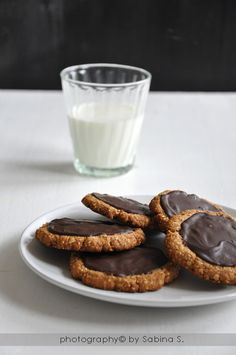 Due bionde in cucina: Biscotti integrali con avena e cioccolato