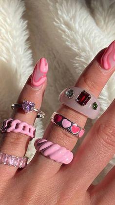 Nail Jewelry, Funky Jewelry, Trendy Jewelry, Cute Jewelry, Edgy Nails, Funky Nails, Swag Nails, Nail Design Stiletto, Nail Design Glitter