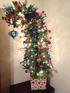 My first ribbon tree- Dr. Suess for my grinch theme! | Christmas ...