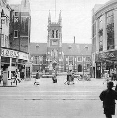 Croydon before the Whitgift centre was built London History, Local History, British History, Vintage London, Old London, Old Photos, Vintage Photos, Croydon Airport, London Drawing