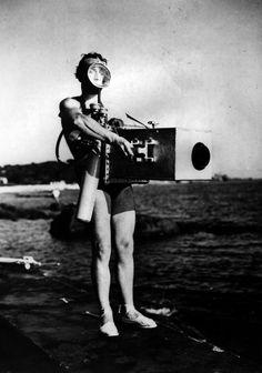 Jean Painlevé with commandant Yves Le Prieur's scuba, redy to shoot underwater films, 17.8.1935.