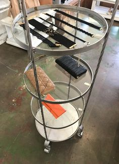 Display stand ( Furniture ) in Los Angeles, CA - OfferUp