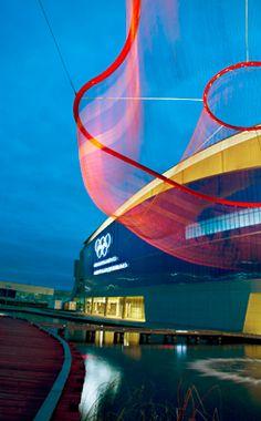 fabulous 'fish net' sculpture by Janet Echelman
