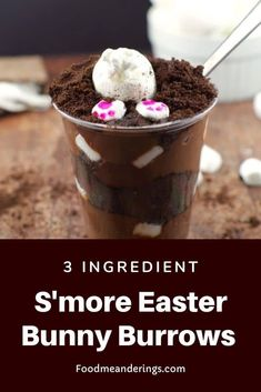 Make these 3 ingredient No Bake S'more Easter Bunny Burrows for your next Easter potluck! Made with prepared snack pack pudding, marshmallows and chocolate graham wafers (or oreo cookies crumbs) they are easy, delicious and come together in 15 minutes! Types Of Desserts, No Bake Desserts, Easy Desserts, Dessert Recipes, Chocolate Graham Crackers, Chocolate Pudding, Chocolate Recipes, Bake Sale Packaging, Snack Pack Pudding