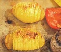 Biscotista pottuvoihin: Hasselbackan perunat Biscotti, Baked Potato, Muffin, Potatoes, Baking, Breakfast, Ethnic Recipes, Food, Morning Coffee
