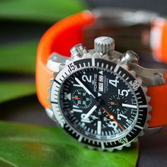 We love the Fortis Aquatis Marinemaster Chronograph with orange silicone strap. Water resistant to Technical Innovation, Space Program, Space Travel, World Leaders, Beautiful Watches, Stainless Steel Watch, Chronograph, 200m, Objects