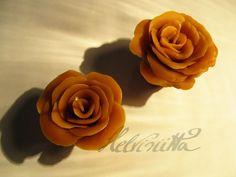 Small Beeswax Roses by Helviriitta.deviantart.com on @DeviantArt