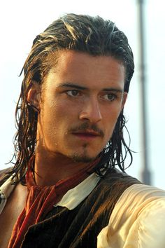 Orlando Bloom as Will Turner in Pirates of the Caribbean. Orlando Bloom, Captain Jack Sparrow, Pirate Life, Raining Men, Will Turner, Celebrity Dads, Celebrity Style, Pirates Of The Caribbean, Home