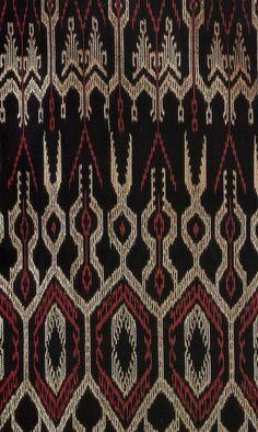 T'nalak aka Dreamweaver fabric (I think) from the T'boli people love the patterns to translate into jewelry design Filipino Art, Filipino Tribal, Filipino Culture, Filipino Tattoos, Indian Tattoos, Ethnic Patterns, Textile Patterns, Textile Design, Filipino Fashion
