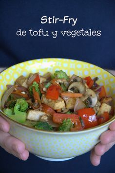 Stir-Fry de tofu y vegetales Vegan Recetas, Tostadas, Chinese Food, Stir Fry, Fries, Soup, Healthy Recipes, Kitchen, Home