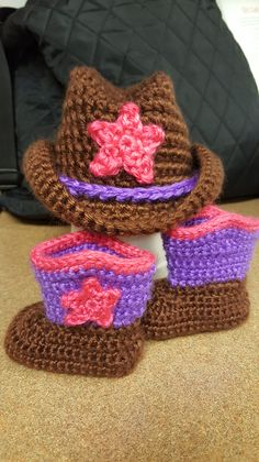 Ravelry: Cowboy Hat and Boots Set by Elizabeth Alan