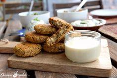 Falafels maison et sauce au tahine Falafels, Vegan Thermomix, Starters, Glass Of Milk, Panna Cotta, Veggies, Vegetarian, Healthy Recipes, Healthy Food